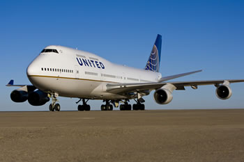 United_Boeing_747_livery_2-medium.jpg