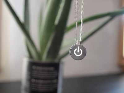 inecklace.jpg