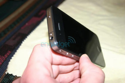 iphone4front2.jpg