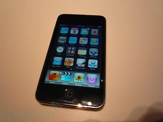 ipod-touch-2g-hands-on-02.jpg