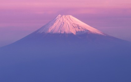 mac-os-x-10-7-lion-mountain-fuji-wallpaper-s.jpg
