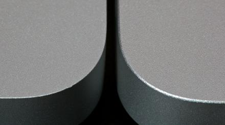 macbook-pro-sharp-vs-round-edges.jpg