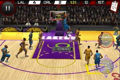 s-NBA-Live-10-on-iPhone.jpg